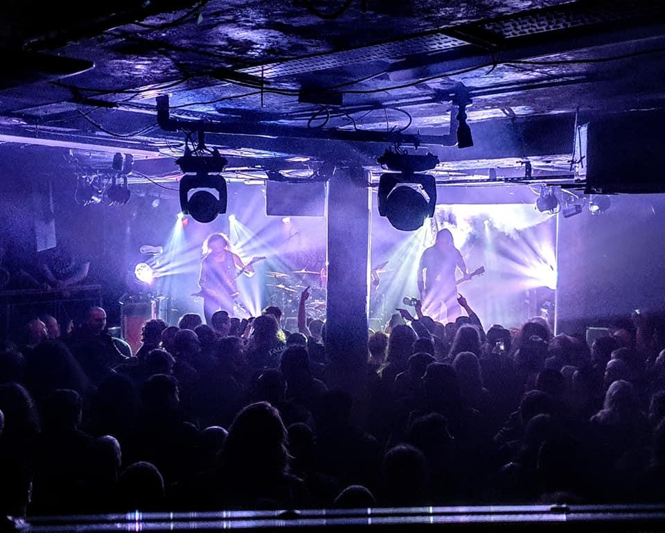 Oświetlenie Brighter w europejskiej trasie klubowej z zespołem Vader